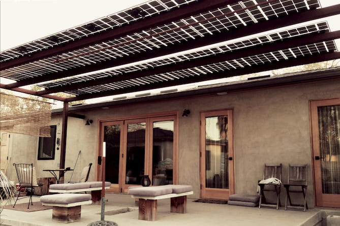 Solar awning on a Los Angeles home. Credit: Lumos Solar